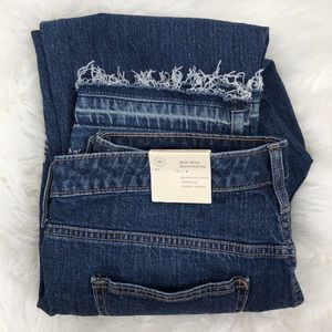 Universal Thread Boyfriend Jeans Sz 10 Frayed Hem